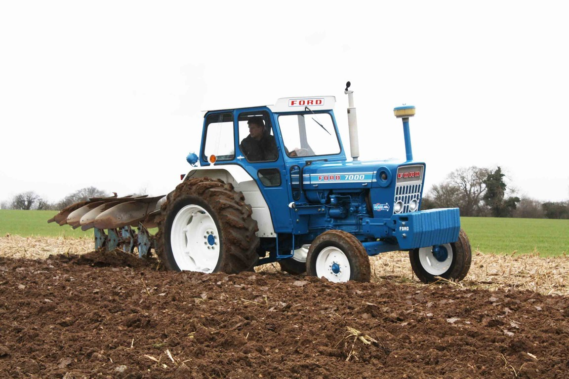 Ford 7000 Tractor : Tractor barn productions the story of ford