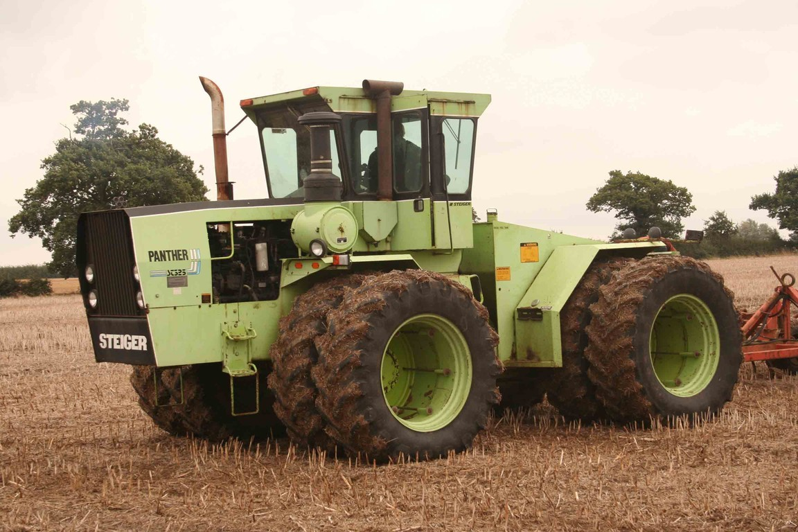 Power Wheels Tractor >> Tractor Barn Productions - Working Tractors 3